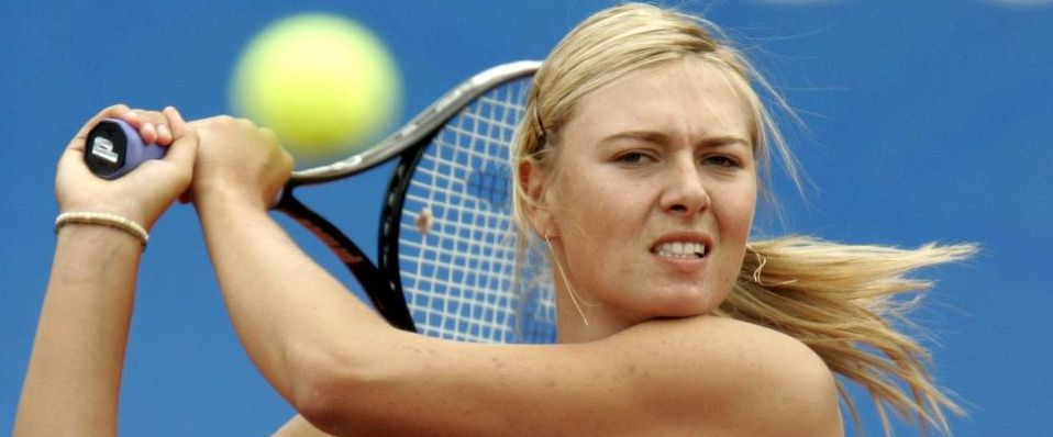 maria_sharapova_playing_tennis_instanbul_cup_12