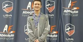 16-годишен българин спечели Открития шампионат на САЩ на шпага за мъже